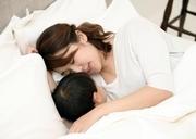 シングルマザーたちが抱える不安とは?対策についても解説
